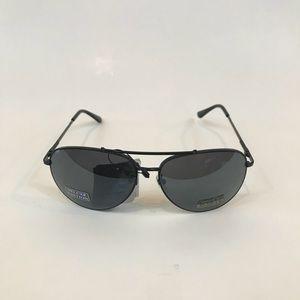 Accessories - Curved Black Frame Black Mirrored Aviator Sunglas